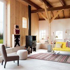 Un salon simple et chaleureux. Marie Claire Maison