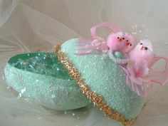 Easter - Aqua Glitter Egg and Pink Chicks