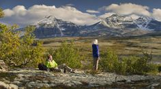 At once tranquil and sublime, Rondane National Park is an ideal place to experience the mountains and highlands of Eastern Norway. Outdoor Workouts, Norway, Places To Go, Things To Do, National Parks, Hiking, Activities, Mountains, Landscape