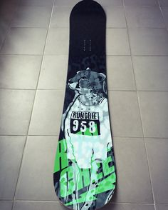 Cheetah runer. RUNCHEE ' Extreme brand character snowboard deck graphicer tuning design. Designed by DOLDOL. www.graphicer.com.  #Snowboard #skateboard #sk8 #longboard #surf #hiphop #bike #graphicer #mtb  #스노우보드 #그래피커 #character #characterdesign #스노우 #스노우보드튜닝 #graffiti #스티커 #돌돌디자인 #emblem #힙합 #stickers #캐릭터디자인 #cheetah #치타 #스노우보드튜닝 #스노우보드스티커. #인스타그램 #데크스티커
