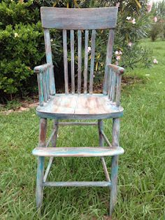 Re-done old high chair Old Benches, Old Chairs, Dining Chairs, Trunk Furniture, Antique Trunks, Milking Stool, Bench Stool, Furniture Refinishing, Rocking Chairs