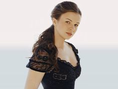 Amber Tamblyn - Another one for Andrea I think. I loved her presence in 'The Unusuals'! Katie Aselton, Ukrainian Wife, Poppy Drayton, Jessica Stroup, World Most Beautiful Woman, Beautiful Women, Hourglass Figure, Well Dressed Men, Celebs