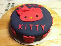 Cursus Taart bekleden @ Taarten & Cupcakes - http://www.volrecepten.be/r/cursus-taart-bekleden--taarten--cupcakes-1001522.html