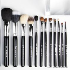 Love this set .. Get back to the basics with 12 fundamental tools for a flawless makeup application. Shop the Essential Kit: http://www.sigmabeauty.com/Complete_Kit_p/ck001.htm?click=246498_source=Pinterest_medium=Pin_term=20130813_content=Essential+Kit_campaign=repromo