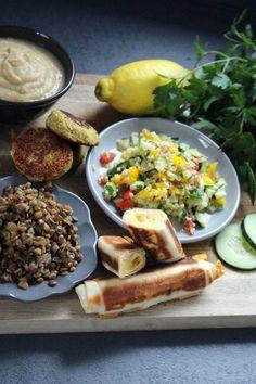 Orientalische Vorspeisenplatte | Fräulein Sommerfeld Bbq, Dessert, Mexican, Dinner, Ethnic Recipes, Food, Food Food, Recipies, Barbecue