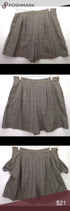 """vintage women's shorts back white small checked skirt short skort smooth front waistband 2 row stretch elastic rear waist band pull on high waisted 2 side seam pockets 4 front pleats poly rayon blend small plaid checks waist 34"""" relaxed 44"""" stretched hips 56"""" inseam 6"""" out seam 20"""" rise 17.5"""" front 19.5"""" back 6 oz Aldolfo Sport Shorts Skorts"""