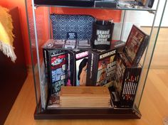 - Grand Theft Auto III Kubrick Box Set (Kubrick + R*, bontatlan) - Grand Theft Auto: Vice City Kubrick Box Set…