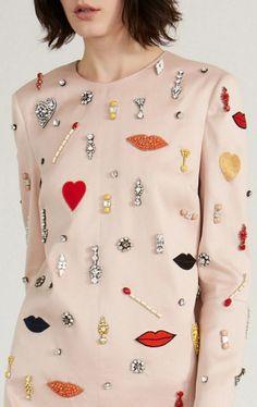 "mulberry-cookies: "" Stella McCartney and Resort 2014 "" Floral Fashion, Kimono Fashion, Fashion Dresses, Fashion Design, Embroidery Fashion, Embroidery Dress, Designer Anarkali Dresses, Iranian Women Fashion, Clothing Photography"