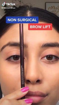Eyebrow Makeup Tips, Natural Eye Makeup, Contour Makeup, Skin Makeup, Eyeshadow Makeup, Makeup For Eyebrows, Makeup Hacks, Contouring, Maquillage Too Faced