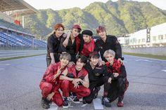 Bookmarks / Twitter Park Jin Young, Lee Joon, Vixx, Girls Generation, Shinee, Seo Jin, Felix Stray Kids, Kids Wallpaper, Disney Wallpaper