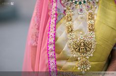 Love wedding weddingideas bride indianwedding wedmantra indianjewellery jwellery weddinginindia bridalsaree brides ring weddinginspitation jewellery bangles saree colourideas weddingvows bridalwear bridalideas weddingwear weddingphotography photographyideas