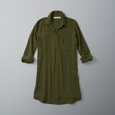 Abercrombie & Fitch Pocket Shirt Dress ($68) ❤ liked on Polyvore featuring dresses, olive, button front shirt dress, army green dress, green shirt dress, olive dress and long shirt dress