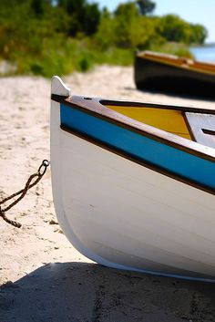 Perfectly exposed photo of boats on a beach