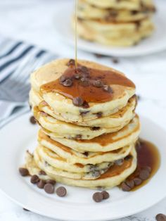 The Crazy Kitchen: Chocolate Orange Pancakes for Pancake Day 2017 Pancake Dessert, Pancake Day, Thin Pancakes, Chocolate Pancakes, American Style Pancakes, A Food, Food And Drink, Crazy Kitchen, How To Make Crepe