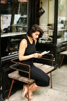 Audrey Tautou, Wavy Bob Hairstyles, Trendy Hairstyles, Haircuts, Outfit 2017, Gq, Bobs, New Yorker Mode, Bohemian Mode