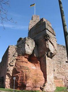 Burg Nanstein wurde in Deutschland, Landstuhl aufgenommen