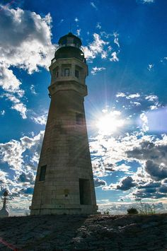 ✮ Buffalo LIghthouse enjoying all the pics of buffalo . I live here and I need to take a vacation here to enjoy all it's beauty...