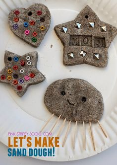 Have you ever made sand dough?  Here's a fun way to create lasting sculptures and ornaments from sand!  Recipe on the blog!