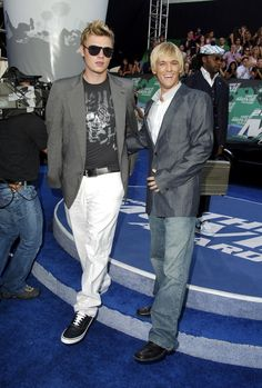 The MTV Movie Awards 2006 Red Carpet Was Full of All Your Favorite Throwback Celebrities Carter Family, Aaron Carter, Mtv Movie Awards, Big Fashion, Celebs, Celebrities, Red Carpet, Celebrity Style, Suit Jacket