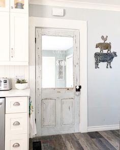 """4,176 Likes, 109 Comments - Inside Out Designs -Karan (@designsbykaran) on Instagram: """"Just finished my second cup of ☕️ and feeling ready to take on the day! This door locks with an…"""""""