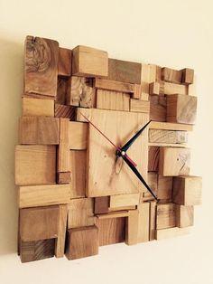 Clocks - Decor : Risultati immagini per orologi da parete fatti a mano - Decor Home - Welcome to the World of Decor! Wall Clock Wooden, Wood Clocks, Wood Wall, Rustic Wall Clocks, Antique Clocks, Diy Clock, Clock Decor, Clock Ideas, Decoration Palette
