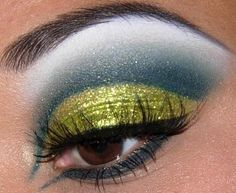 HIGH FASHION MAKE UP