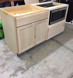 A DIY Kitchen Island: Make it yourself and Save Big - This Old House - Island Kitchen Ideas Diy Kitchen Island, Kitchen Furniture, Diy Kitchen Remodel, Kitchen Remodel, Kitchen Remodel Small, Kitchen Diy Makeover, Diy Kitchen, Kitchen Renovation, Kitchen Design