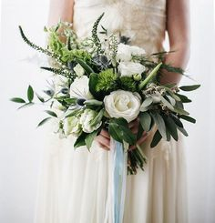 Add A Little Romance To Your Wedding Bouquet With This Simple Idea