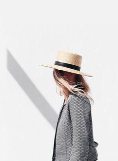 デイリーデートアウトドア シーン別に選ぶ大人女子の帽子コーディネート