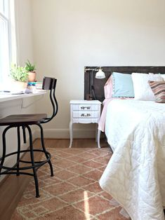 Small Space Solutions: The Wall Mounted Desk Small Space Living, Small Spaces, Living Spaces, Living Room, Bedroom Desk, Bedroom Windows, Desk In Small Bedroom, Home Office, Small Office