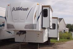 2008 Wildcat 28RKBS Rear Kitchen Fifth Wheel   Kitsmiller RV