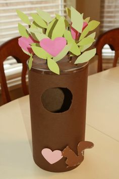 Valentine mail box from... oatmeal container! Save those oatmeal containers!