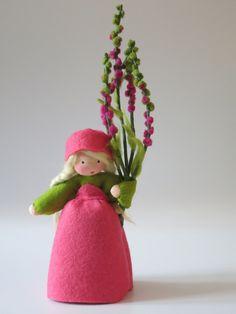 Jahreszeitentisch - Heidekraut-Mädchen Blumenkind Jahreszeitentisch - ein Designerstück von Katjas-Puppenstuebchen bei DaWanda