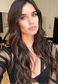 Picture of Sara Sampaio Victoria, Sara Sampaio, Girl Photography, Modern Photography, Mannequins, Most Beautiful Women, Supermodels, Hair Makeup, Hair Beauty