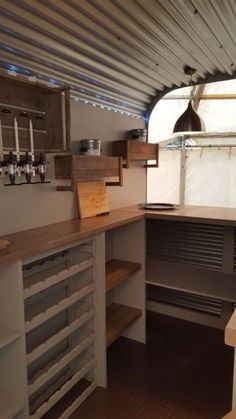 Food Truck Trailer Mobile Bar 61 Ideas For 2019 Catering Van, Catering Trailer, Food Trailer, Trailer Diy, Mobile Bar, Airstream, Food Trucks, Converted Horse Trailer, Horse Box Conversion