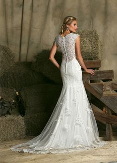 Affordable wedding gowns from DaVinci Bridal.
