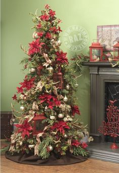 RAZ 2013 Tiny Tannenbaums Christmas Tree! Lots of classic red and green..touches of Burlap....