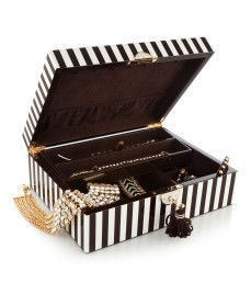 { Henri Bendel Jewelry Box }