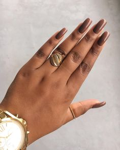 flormar shoes Image may contain: one or more peopl - flormar Classy Nails, Simple Nails, Trendy Nails, Get Nails, How To Do Nails, Hair And Nails, Opi, Ongles Beiges, Shoe Nails