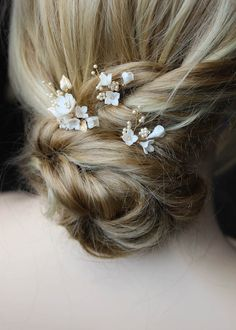PETITE PINS in ivory and pale gold 2 Wedding Hair Pins, Wedding Hair Flowers, Headpiece Wedding, Wedding Hair Accessories, Flowers In Hair, Bridal Hair, Wedding Veils, Bridal Headpieces, Wedding Jewelry
