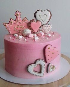 44 отметок «Нравится», 1 комментариев — Придайте вкус Вашему празднику (@ptashkinss_cake) в Instagram: «У каждой принцессы должна быть корона! И наша именинница не исключение)))) Ну и цвет, конечно,…»