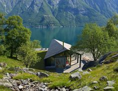 The Gapahuk can be configured to operate fully off-the-grid and Snøhetta says that its sloping roof...