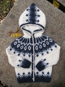 white and blue hoodie for Hjalti....FREE PATTERN