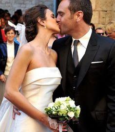 El sencillo y elegante ramo de novia que lució Nuria Fergó el día de su boda