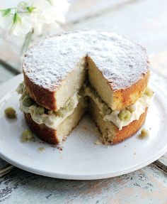 Victoria sponge (sponge quantity doubled) with Elderflower creme patissiere and gooseberry compote Tray Bake Recipes, Cake Recipes, Cooking Recipes, Gooseberry Recipes Cake, Gooseberry Ideas, Fruit Recipes, Easy Cooking, Veggie Recipes, Recipes