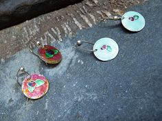 """Cloissoné"" earrings: matte translucent / esmalte matizado translúcido por MNesmalts"
