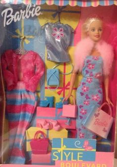 Barbie-2002-Style-Boulevard-Doll-with-Accesories-by-mattel