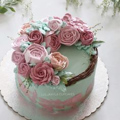 Pink rose Flower buttercream cake Buttercream Decorating, Buttercream Cake, Cookie Decorating, Beautiful Wedding Cakes, Beautiful Cakes, Coco Cream, Boho Cake, Baking School, Cake Business