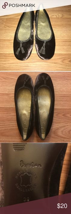 "Like New Velvet Boden Flats Super cute velvet and real leather flats. Purple gray color. So pretty unfortunately they do not fit me. Says 39 listing as an 8.5. Bottom of shoe measures  10"". I wish these fit me I love them! I'm a 9 and they are too tight. Boden Shoes Flats & Loafers"