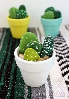 Hand Painted Mini Cactus - Office Desk - Ideas of Office Desk - The . Handwerk ualp , Hand Painted Mini Cactus - Office Desk - Ideas of Office Desk - The . Hand Painted Mini Cactus - Office Desk - Ideas of Office Desk Stone Crafts, Rock Crafts, Cute Crafts, Simple Crafts, Diy Kids Crafts, Easy Crafts To Sell, Budget Crafts, Diy Crafts Summer, Best Crafts